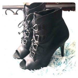 BcBG leather heels
